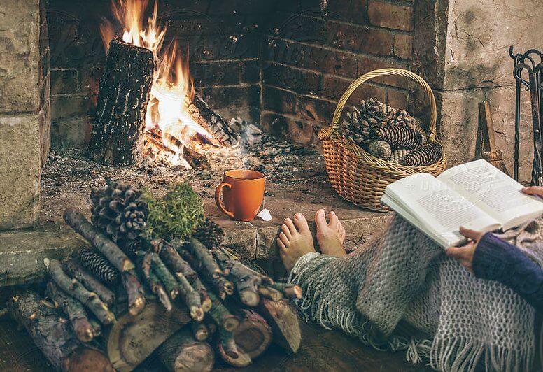 llegint-vora-el-foc